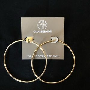 Giani Bernini Hoops